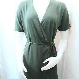 Babaton Green dress Sz( m)
